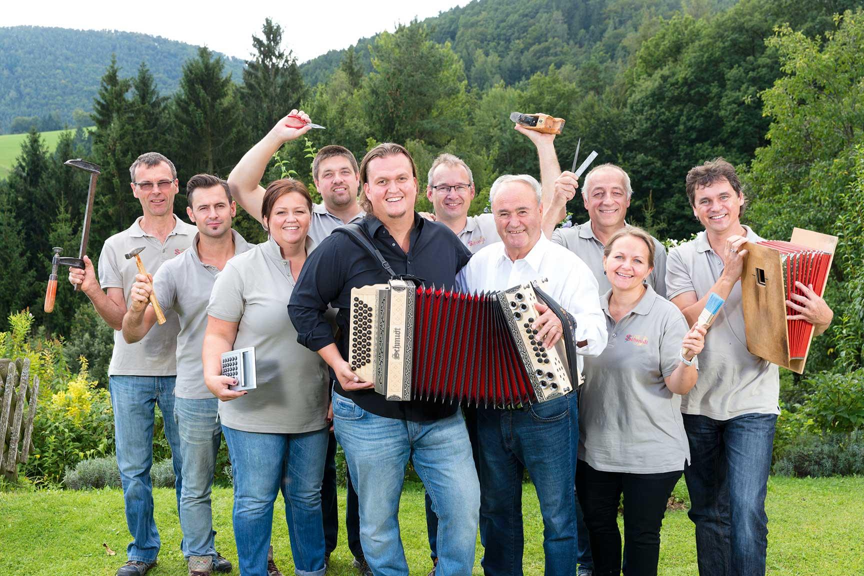 Die Mitarbeiter von Harmonika Schmidt
